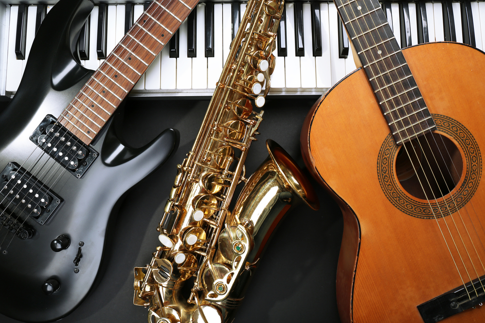 Business owner donates hundreds of instruments to middle school