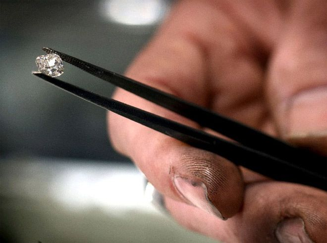 Man-made diamonds gaining acceptance, but industry wary